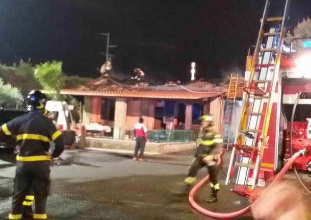 Incendio a Gerenzano: danneggiata villetta