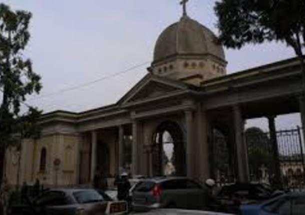 Bloccati all\'interno del cimitero, interviene la polizia locale