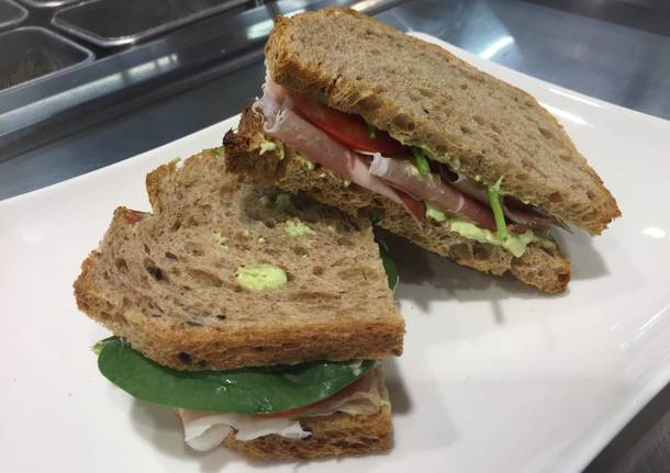 Pranzi Sani E Leggeri : Con pesci e pane integrale la pausa pranzo è salutare