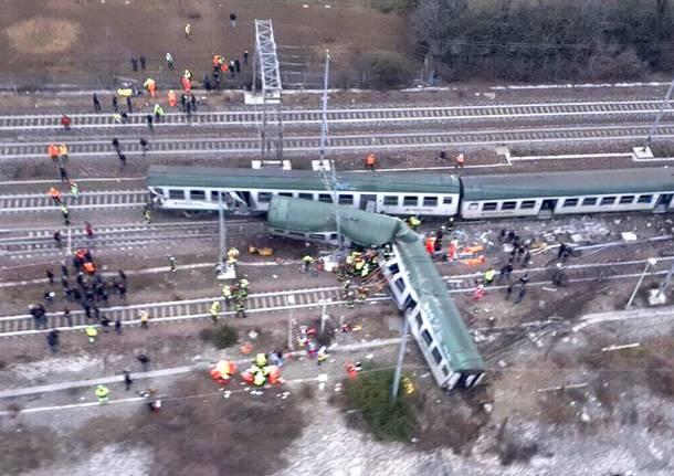 deragliamento treno
