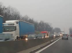 Traffico bloccato sulla 336 per un incidente