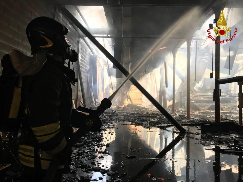 cotonificio solbiate olona incendio febbraio 2018
