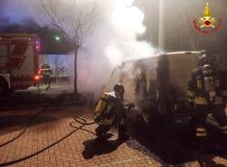 incendio furgone fagnano olona 25 febbraio 2018