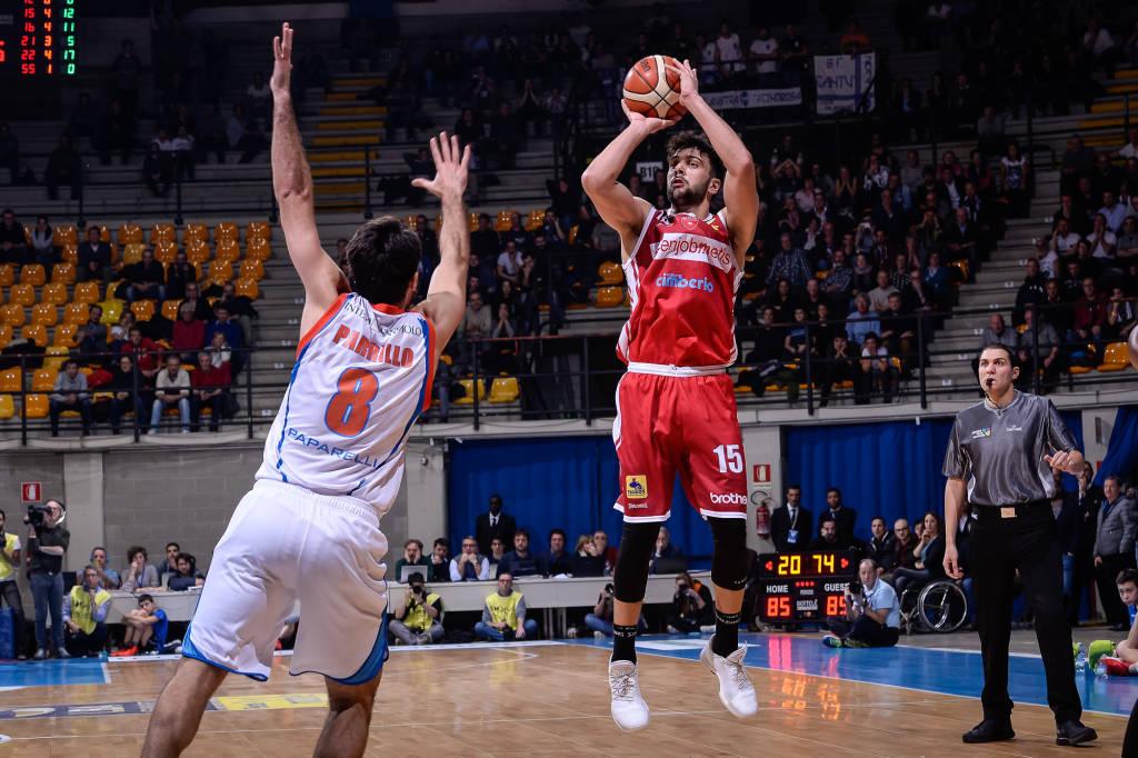 Pallacanestro Cantù - Pallacanestro Varese 85-89