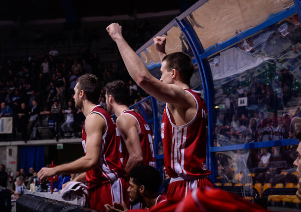 Le foto del derby Red October Cantù – Openjobmetis Varese
