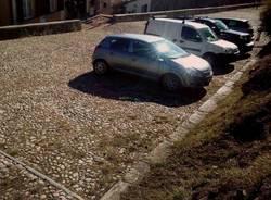 """Sacro Monte, parcheggio """"selvaggio"""""""