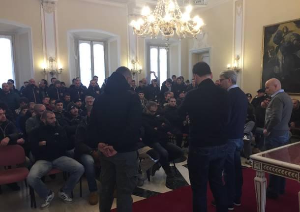 Tifosi Varese palazzo Estense