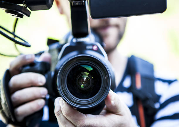 Varesenews Cerca Un Videomaker