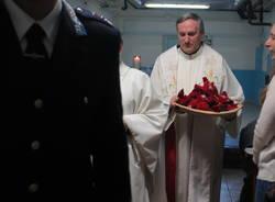 La messa in carcere di monsignor Mario Delpini