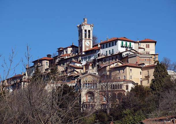 Sacro Monte in primo piano