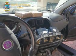 Cocaina nell'autoradio