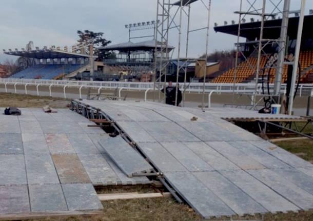 montaggio palco rally dei laghi 2018