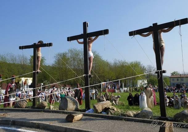 """A Cairate la 17esima rappresentazione della """"Passione di Cristo"""""""