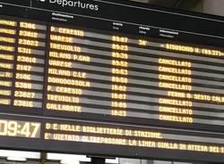 tabellone treni sciopero trenord