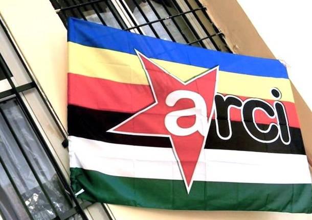 bandiera arci