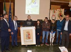 L\'Agenzia Formativa dona un quadro alla Polizia di Varese
