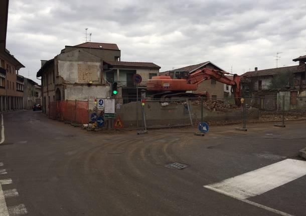 demolizione casa via XI febbraio sacconago