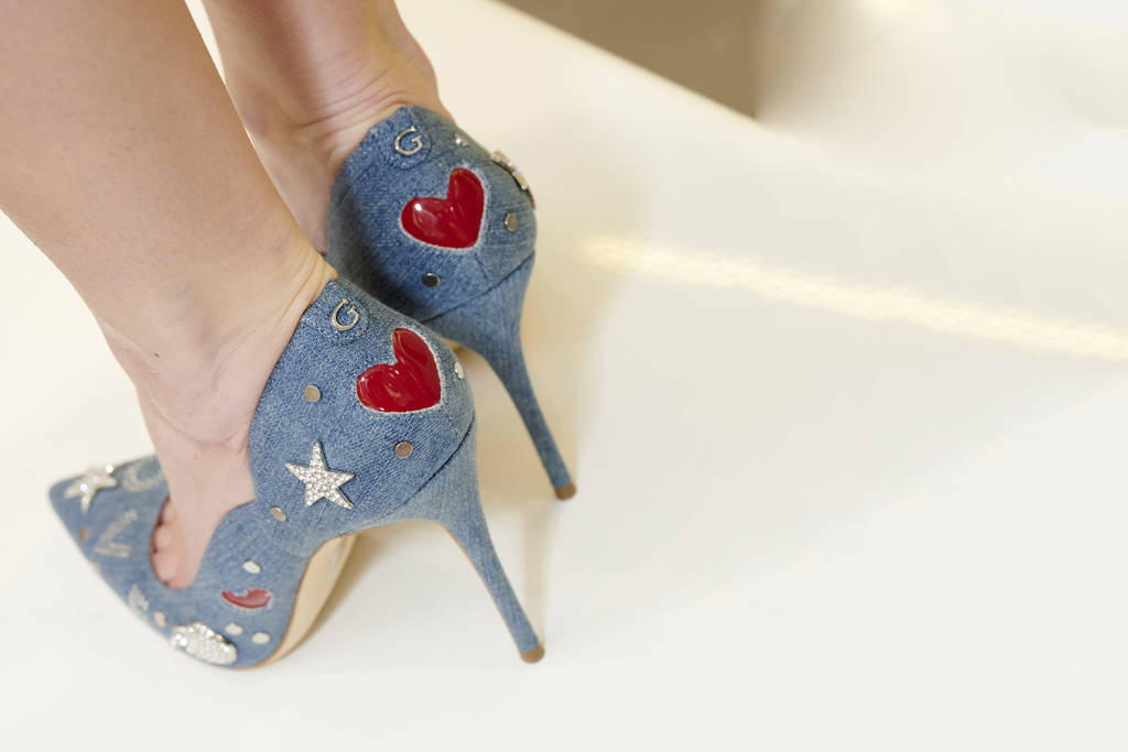 Fashion Pills by Sabina - pumps