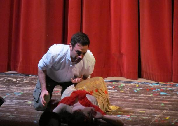 Bambini a teatro per assistere alla Carmen