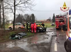 scontro incidente Vergiate 4 aprile 2018