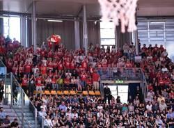 tifosi basket varese trust bologna