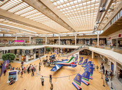 aeronautica centro commerciale arese