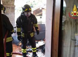 Brusimpiano - Incendio via San Martino