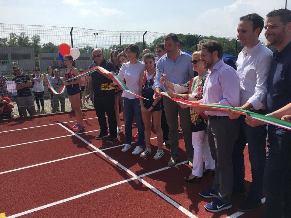 Taglio del nastro per la nuova pista di atletica di Gavirate
