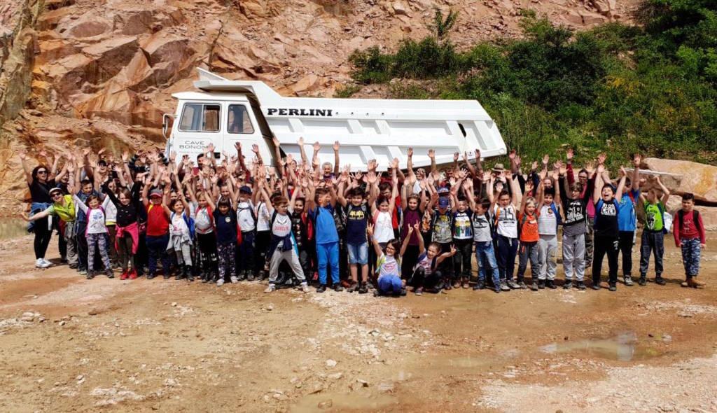 Cuasso al Monte - Progetto porfido rosa con le scuole