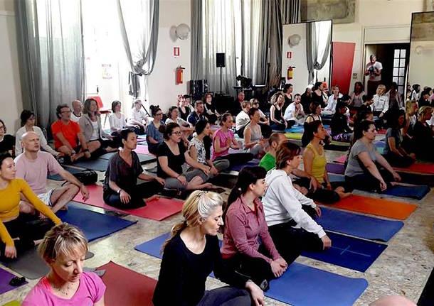 Giornata dello yoga a Varese