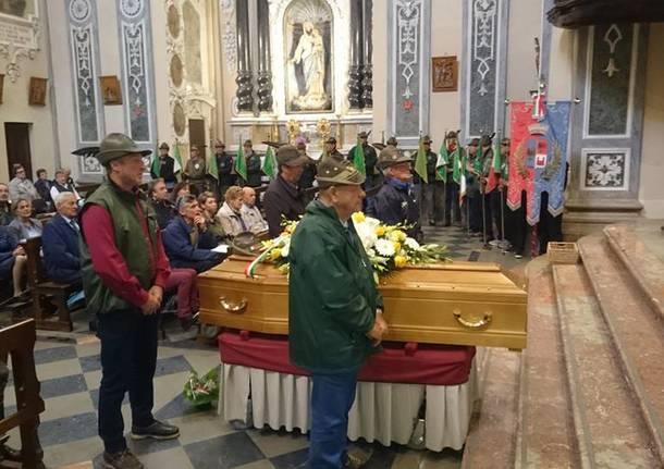 I funerali di Tugnin, l'alpino più anziano di Varese
