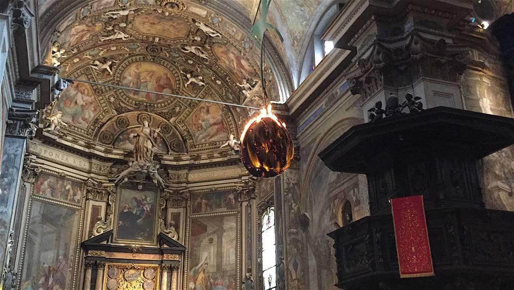 Il rito del faro a San Vittore