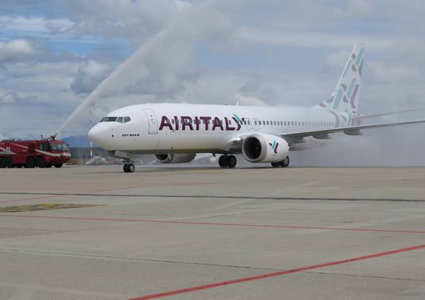 Air Italy svela a Malpensa il suo primo Boeing 737 Max