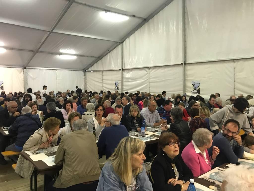 Più di 800 alla Cena di Varesesolidale