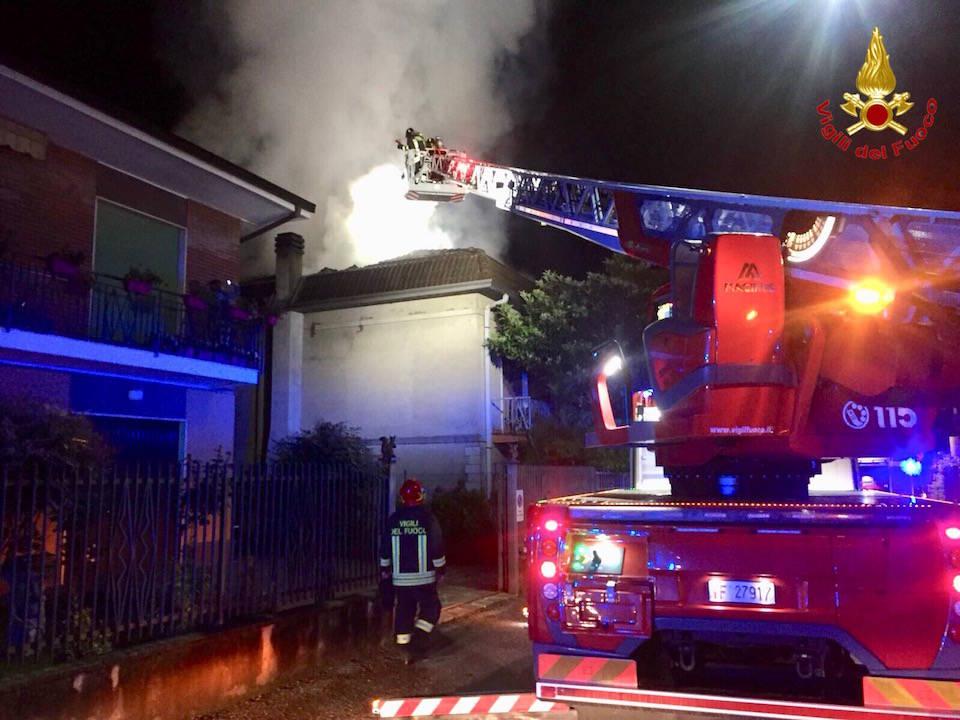 Venegono Inferiore - Incendio abitazione