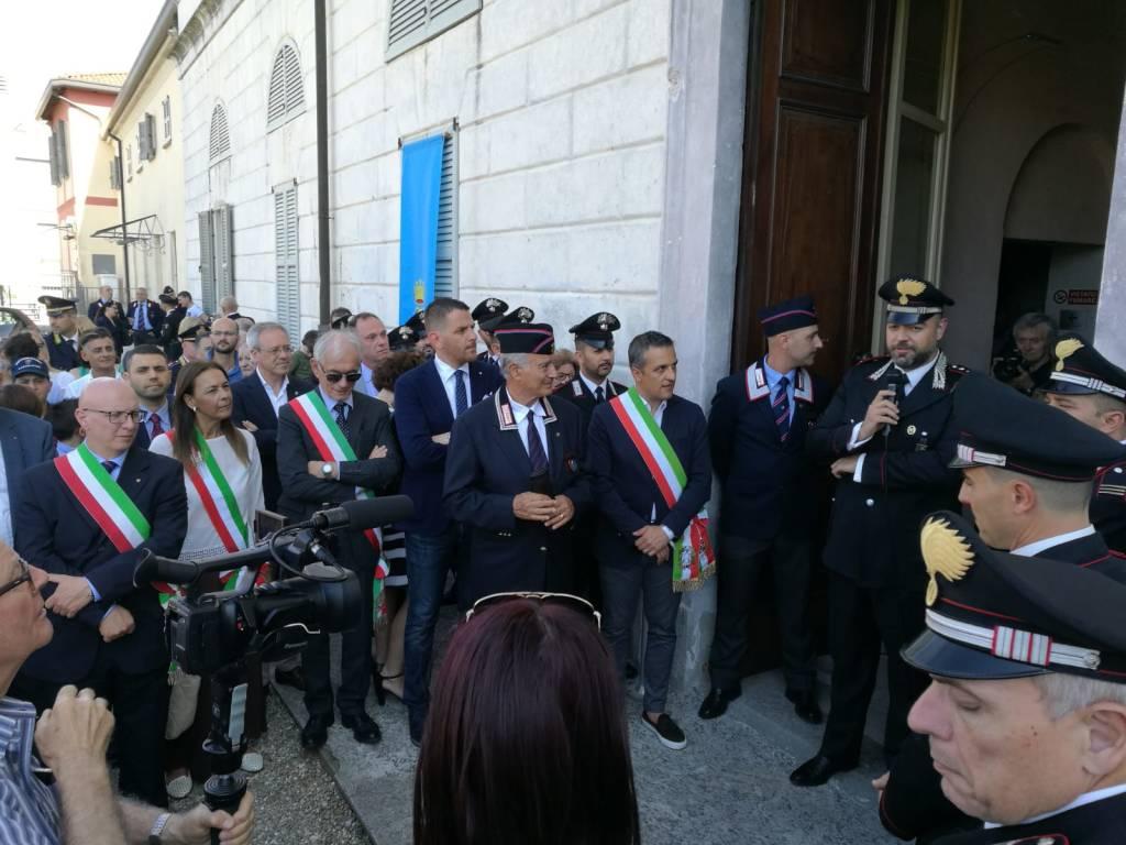 Defibrillatore donato ai carabinieri