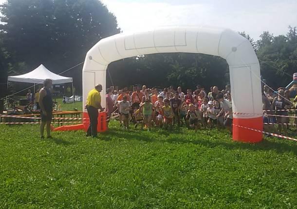 Maratonina nel parco Lura: tanti partecipati e la visita di Lara Comi