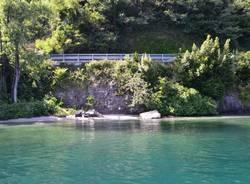 Spiaggetta vicino al Castelli di Cannero