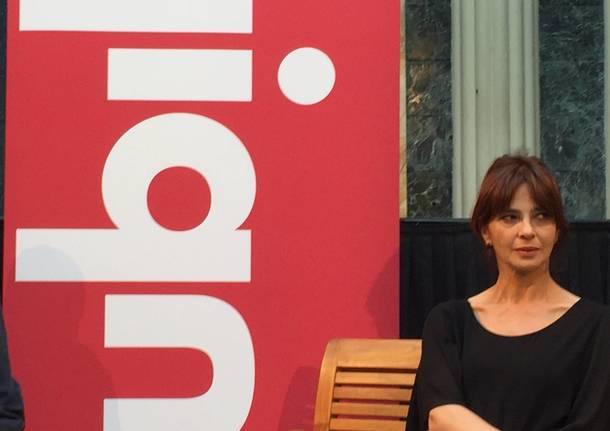 Laura Morante racconta il suo primo libro al Santuccio