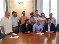 """Varese - Firma protocollo """"Comuni in cloud"""""""
