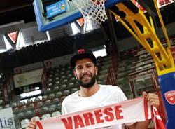 Antonio Iannuzzi, prima giornata a Varese