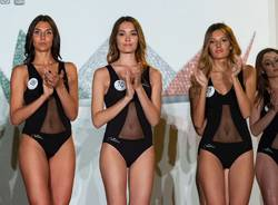 Miss Italia, sfilano le lombarde