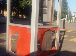 cabina telefonica vandali