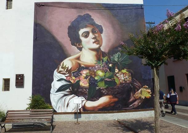 Il murales di Ravo ad Angera