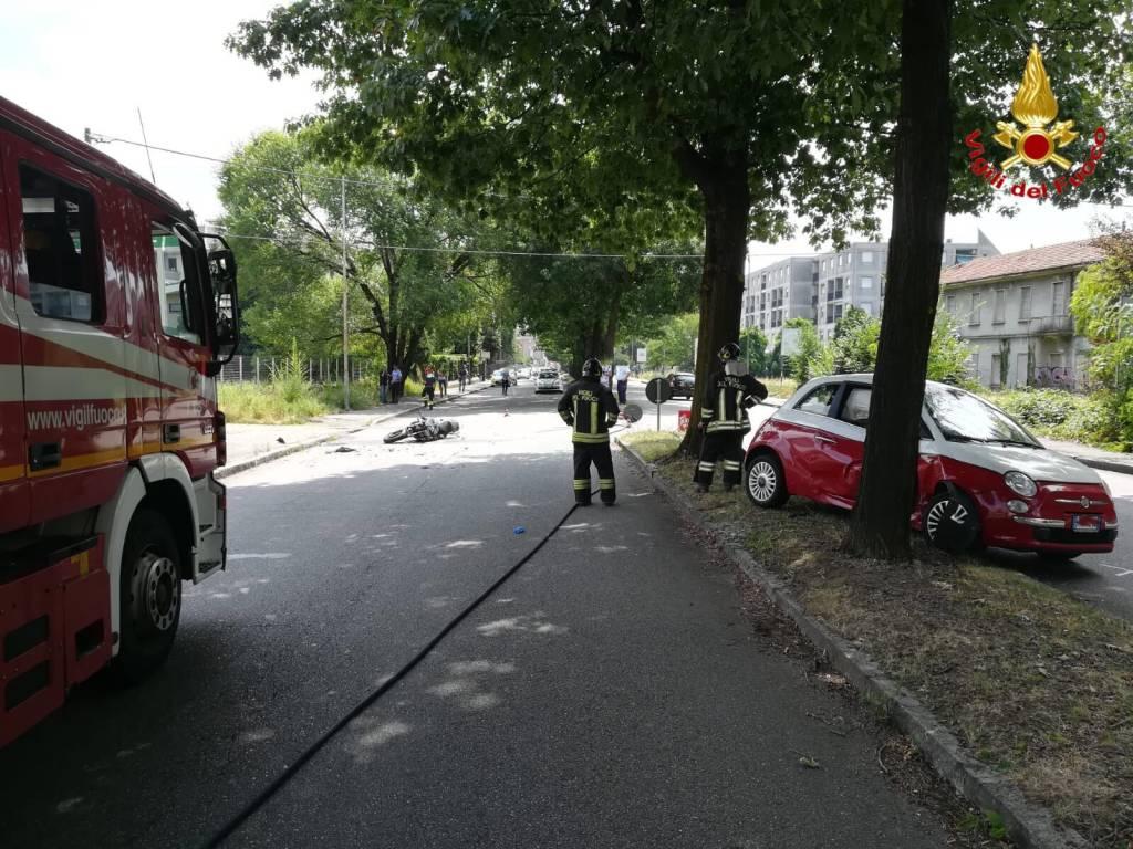 incidente auto moto busto arsizio