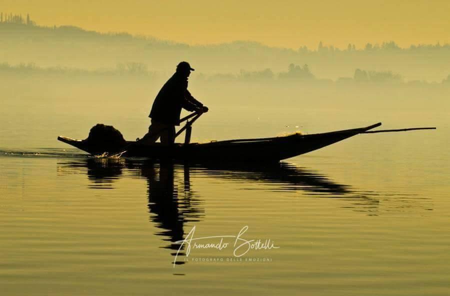 pescatore sul lago di Varese - Armando Bottelli