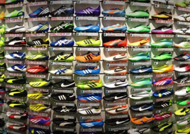 rapporto qualità-prezzo adatto a uomini/donne marchio popolare Come comprare le scarpe da calcio più adatte alle proprie ...
