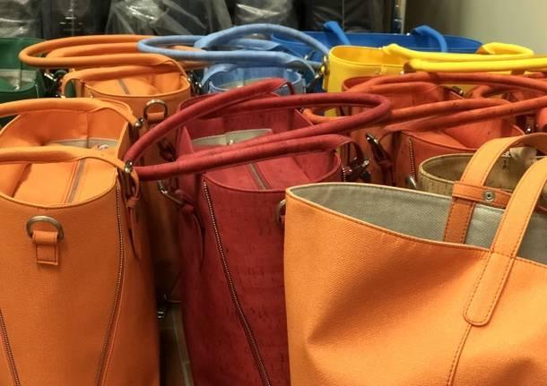 half off ca866 e080c Andar per spacci (2): borse, valigie e scarpe