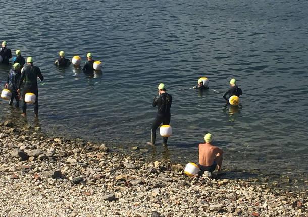 Angera: la traversata a nuoto del Lago Maggiore fino ad Arona