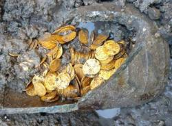 Ritrovamento storico: centinaia di monete d\'oro